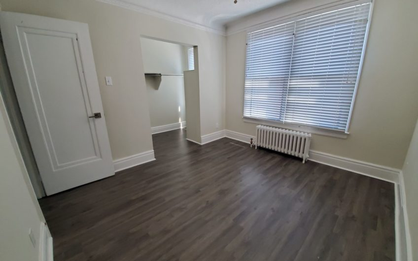 2 Bedroom Byward Market Apartment